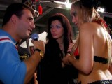 Vidéo porno mobile : The backstage of the erotic show